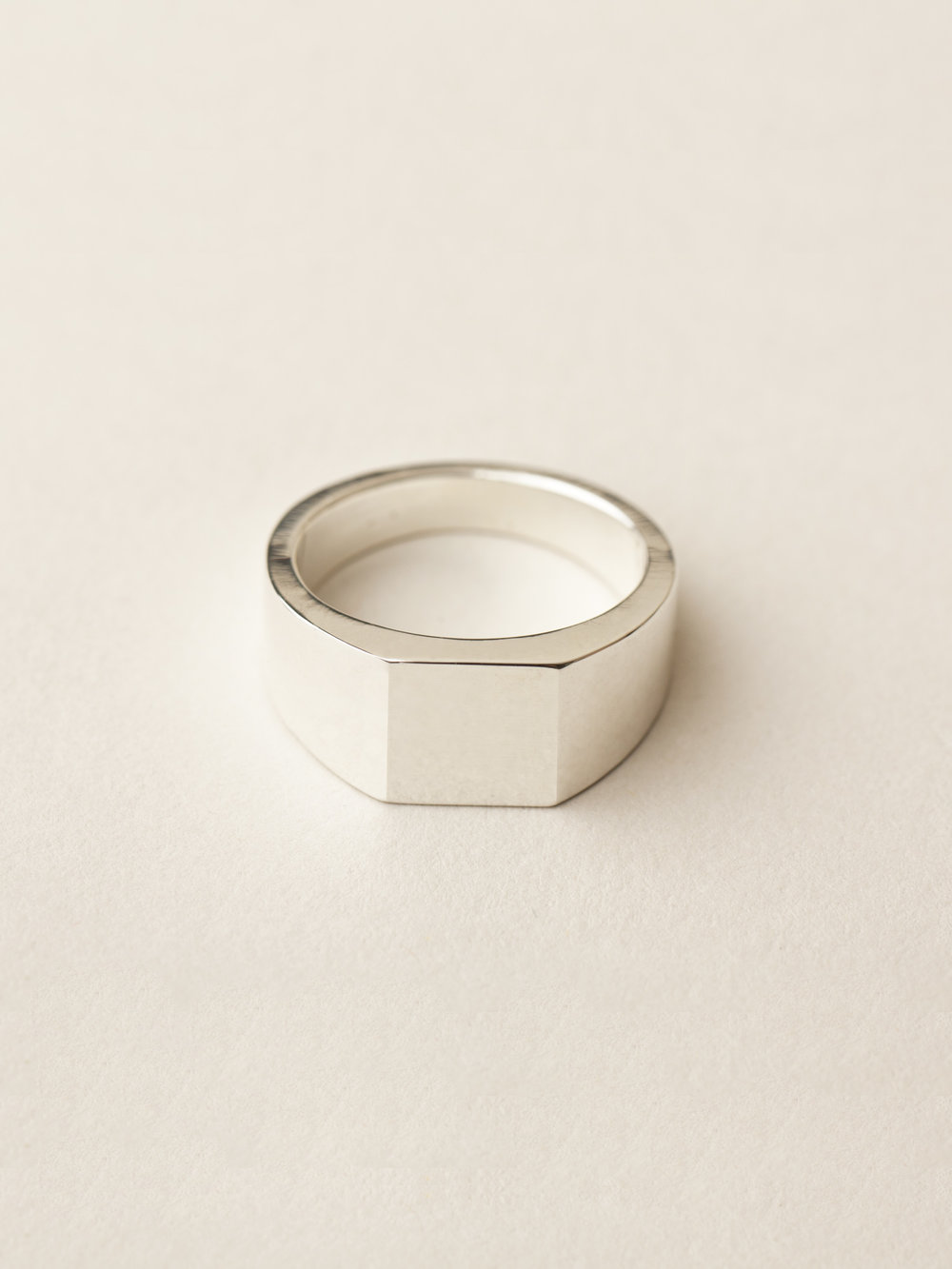 Siegelring Minima, groß quadratisch in 925 Silber Signet ring Minima, big square in sterling silver