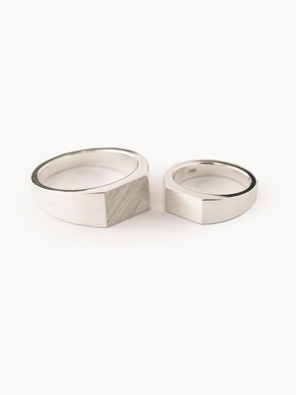 Trauringe in 925 Silber, poliert - Siegelfläche mattiert