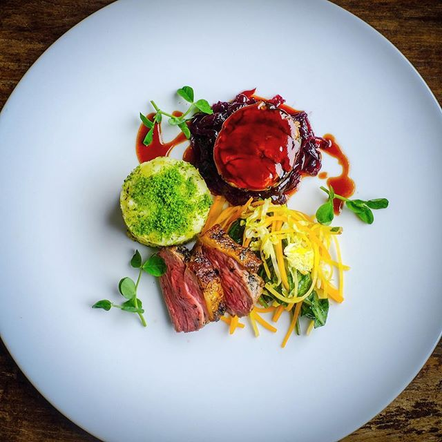 Duo of Oxford Elkington lamb, minted potato champ cakes & hazelnut vegetables. Tonight's main for 780 @supernovalondon