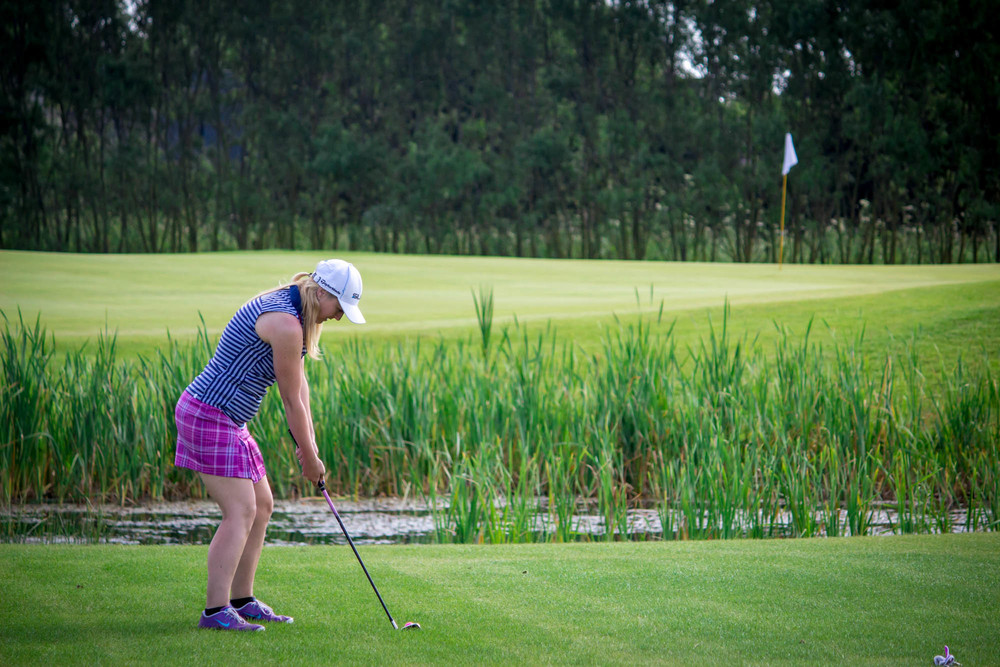 Laura's 100 Holes for Charity-17.jpg