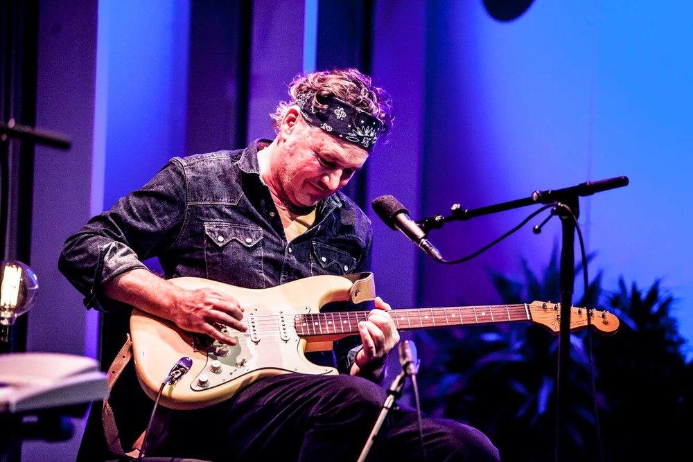 Mark Olson plays in The Kasbah Social Club (Dolans) Limerick on October 21st 2017
