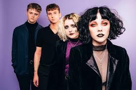 Goth dating london Was sind die besten Online-Dating-Seiten in uk