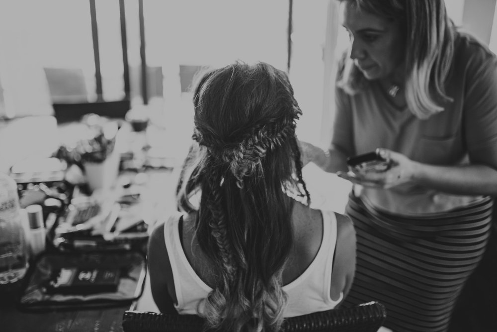 Tara_Luke_Jamberoo_Honey_farm_wedding-12.jpg