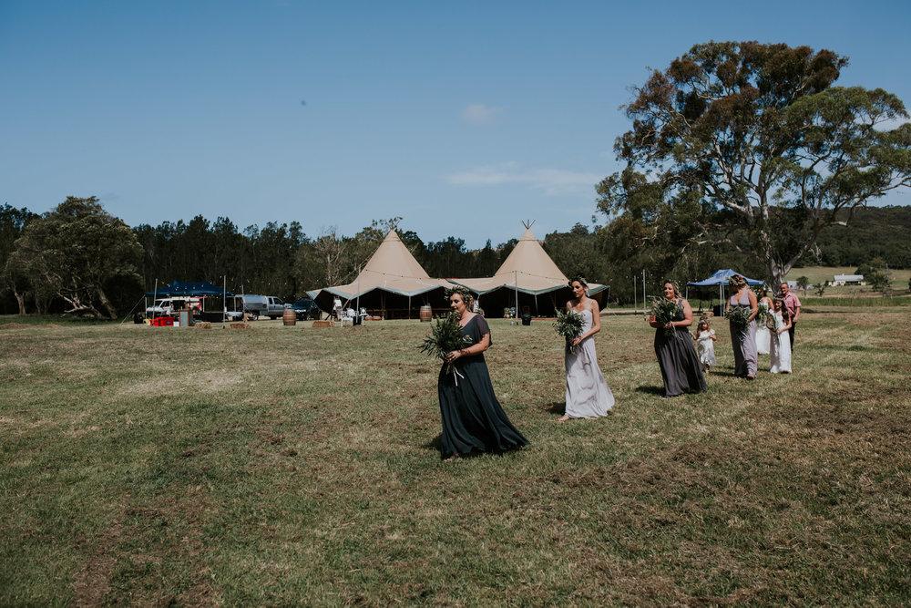 Tara_Luke_Jamberoo_Honey_farm_wedding-51.jpg
