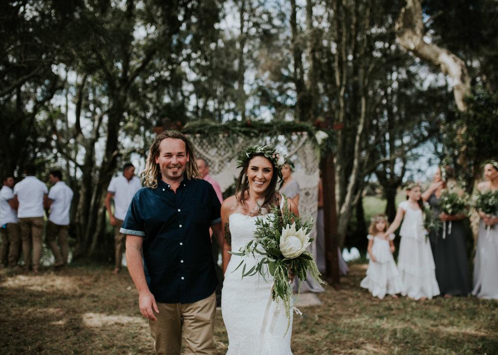 Tara_Luke_Jamberoo_Honey_farm_wedding-64.jpg