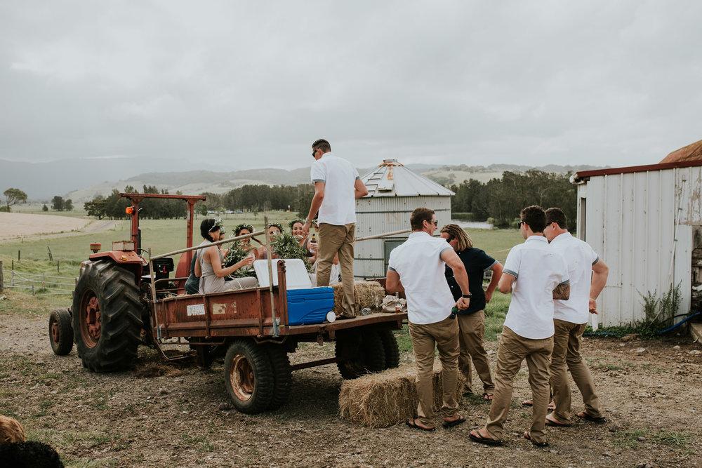 Tara_Luke_Jamberoo_Honey_farm_wedding-111.jpg