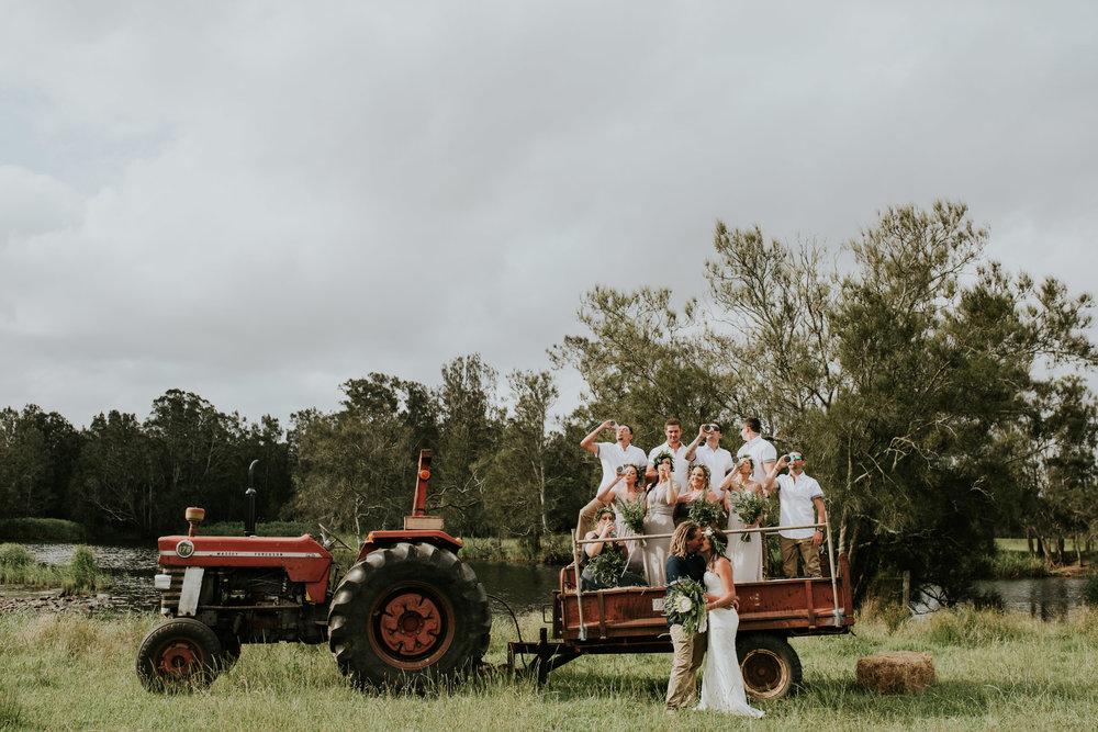 Tara_Luke_Jamberoo_Honey_farm_wedding-113.jpg