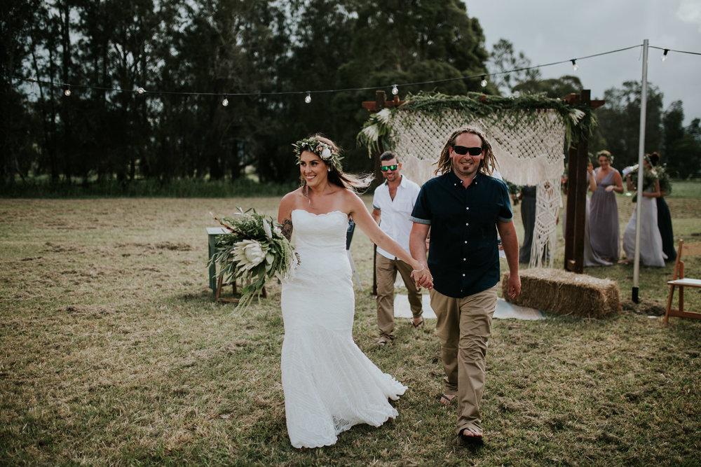 Tara_Luke_Jamberoo_Honey_farm_wedding-115.jpg