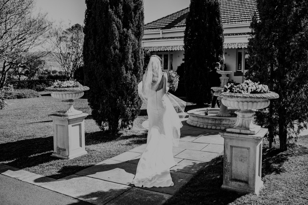 Priscilla + Sam - Alana Taylor Photography + Ravensthorpe + Albion park-8.jpg
