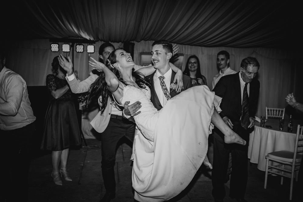 Priscilla + Sam - Alana Taylor Photography + Ravensthorpe + Albion park + Reception-100.jpg