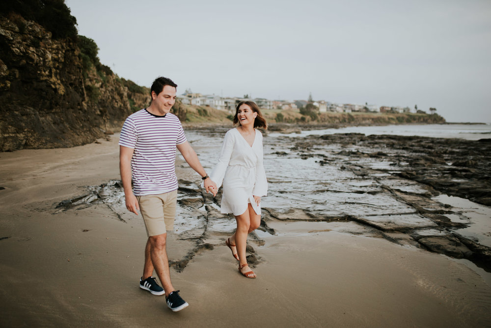 Kristen+Daniel+Engagement+Session+Portraits+Kiama+Beach-8.jpg