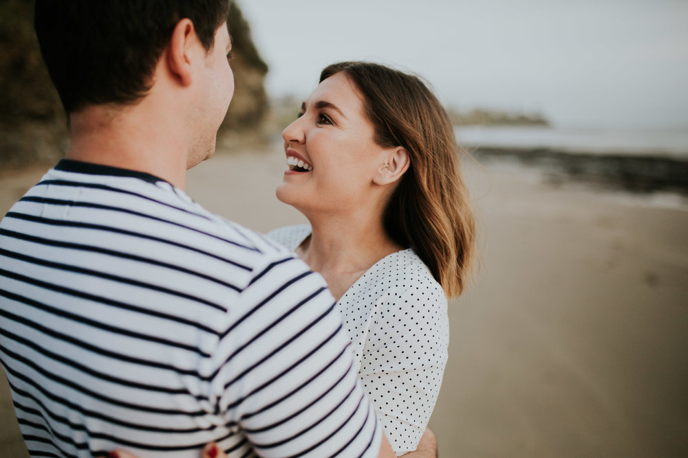 Kristen+Daniel+Engagement+Session+Portraits+Kiama+Beach-13.jpg