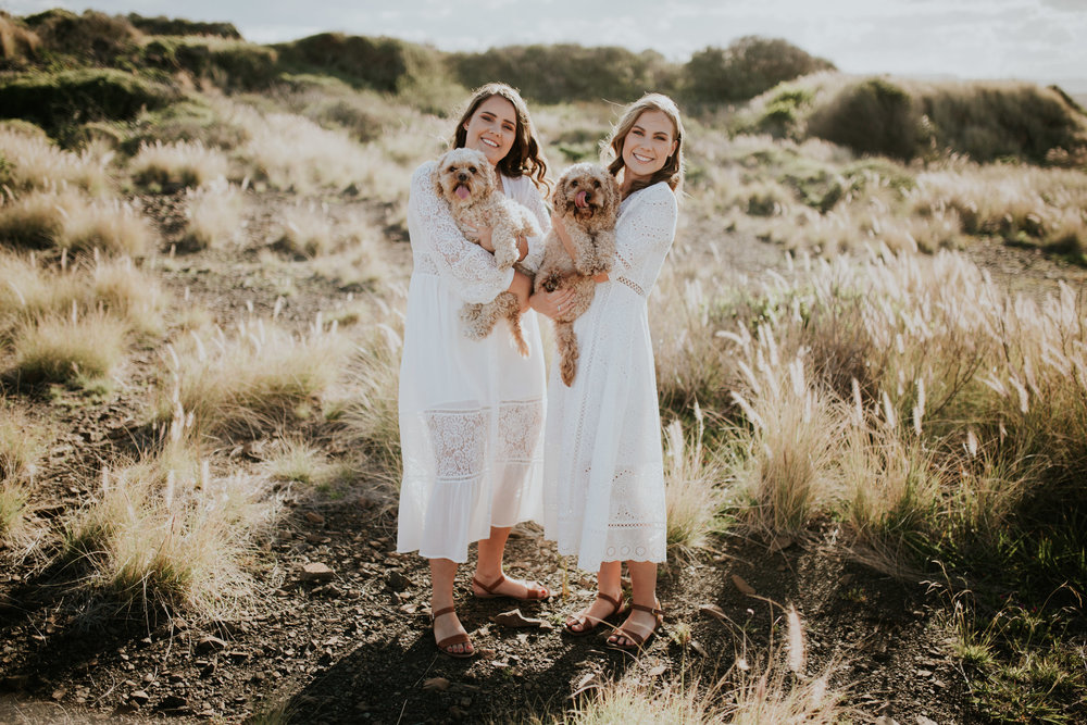Meg+Leah+sisters+Relaxed+family+Session+Kiama+-2.jpg