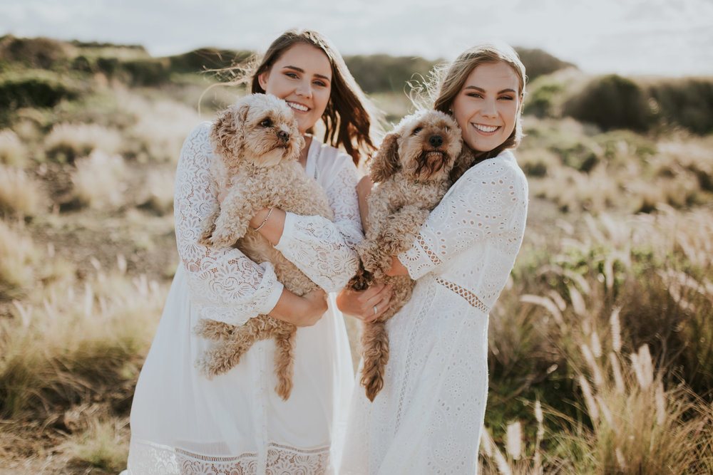 Meg+Leah+sisters+Relaxed+family+Session+Kiama+-3.jpg
