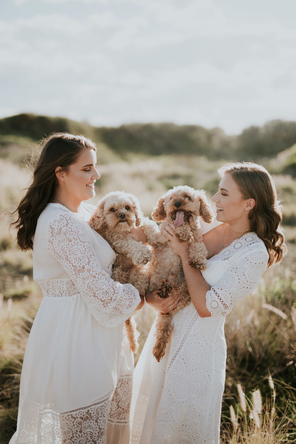Meg+Leah+sisters+Relaxed+family+Session+Kiama+-4.jpg