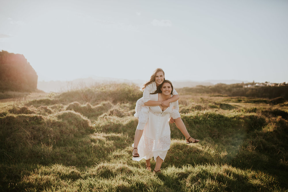 Meg+Leah+sisters+Relaxed+family+Session+Kiama+-34.jpg