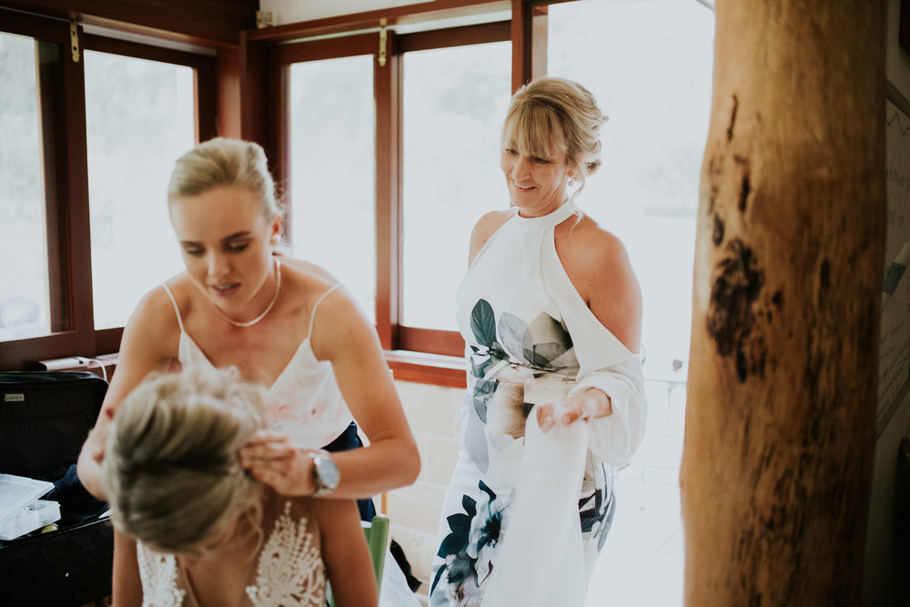Jesse+Matt+Kangaroo+Valley+Wildwood+Boho+Relaxed+wedding+-75.jpg