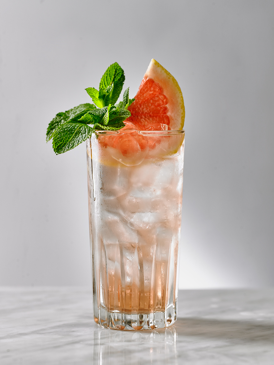 ROSÉ COOLER Lillet Rosé vermouth, elderflower liqueur, fresh grapefruit, mint