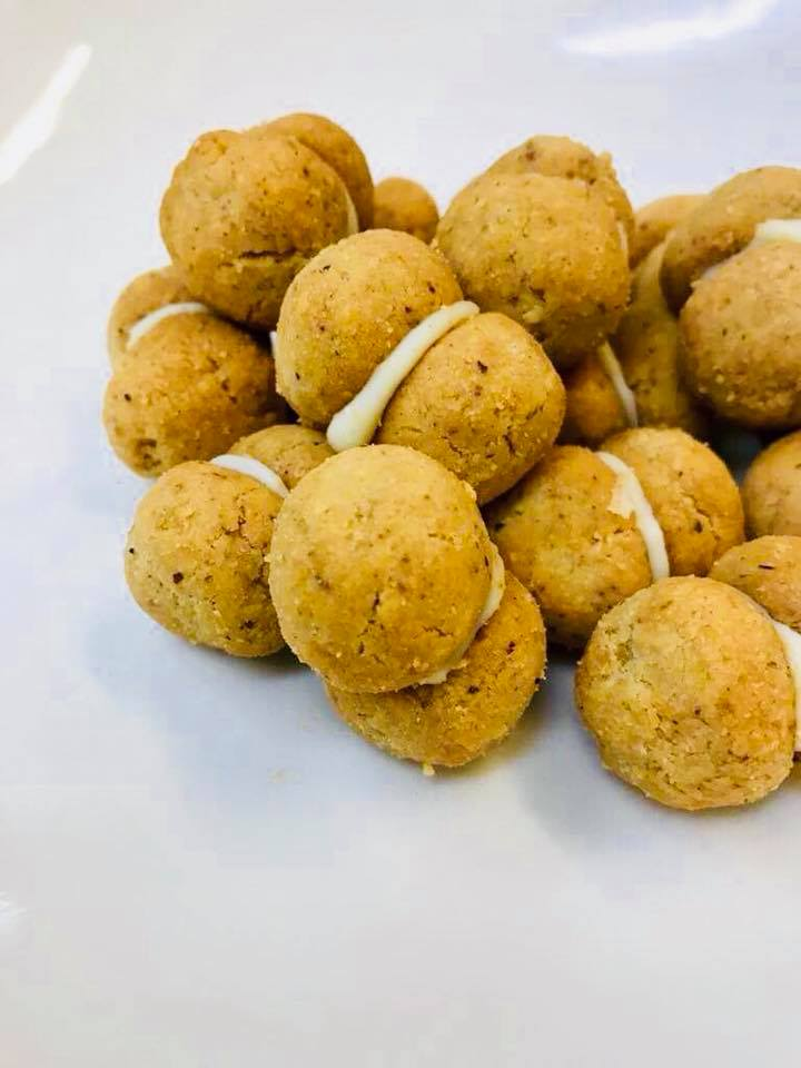 Hazelnut and Pecorino cookies