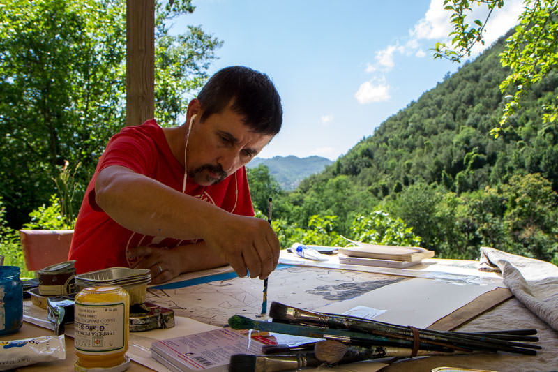 Martin Finnin in Italy working on a series of etchings I The Prints of Darkness