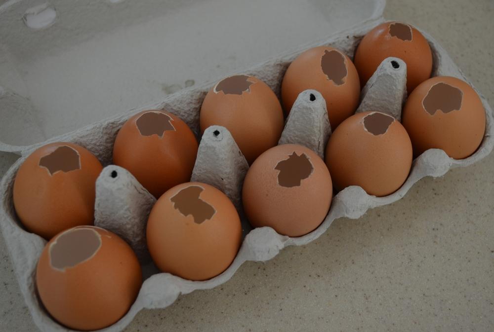 Egg Painting Mama Pyjama