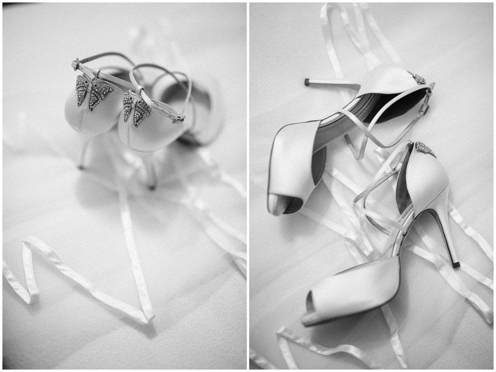 Chic Summer Wedding at Hazel Gap Barn - Nottinghamshire Photographer2.jpg
