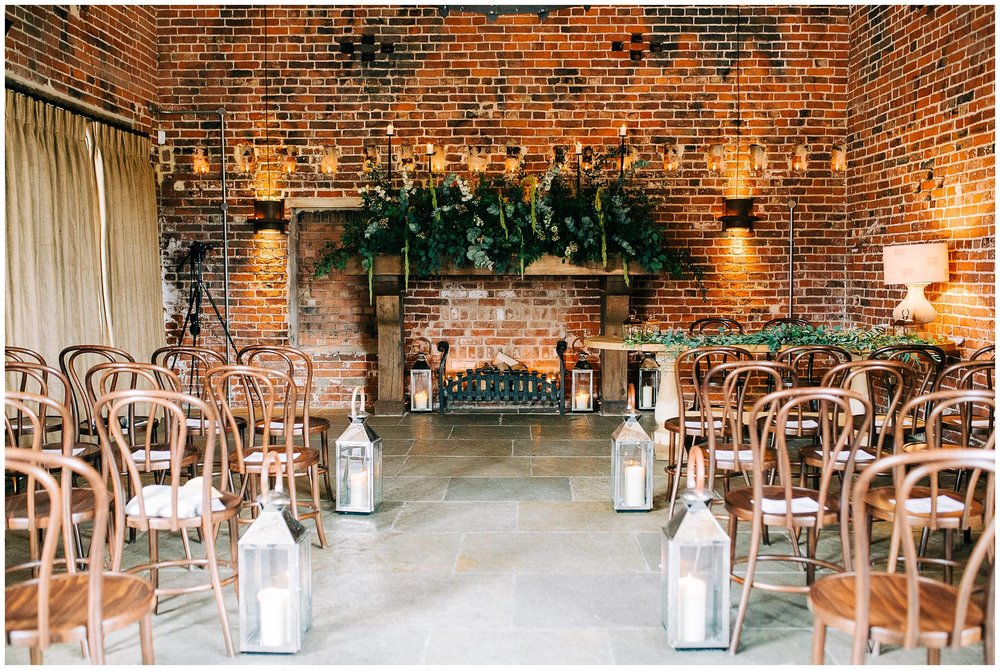 Chic Summer Wedding at Hazel Gap Barn - Nottinghamshire Photographer13.jpg