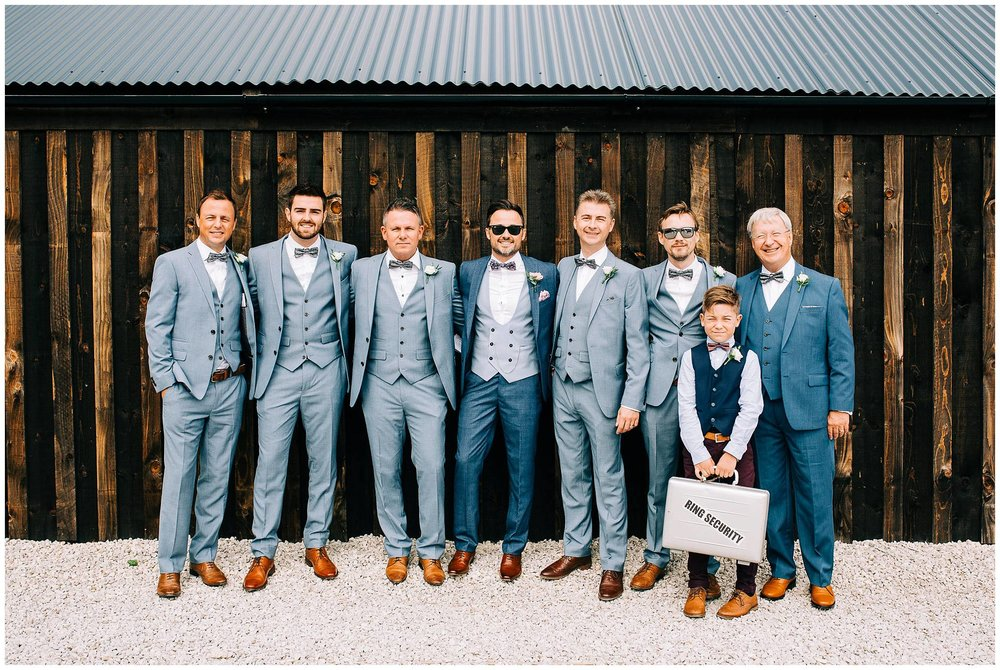 Chic Summer Wedding at Hazel Gap Barn - Nottinghamshire Photographer14.jpg
