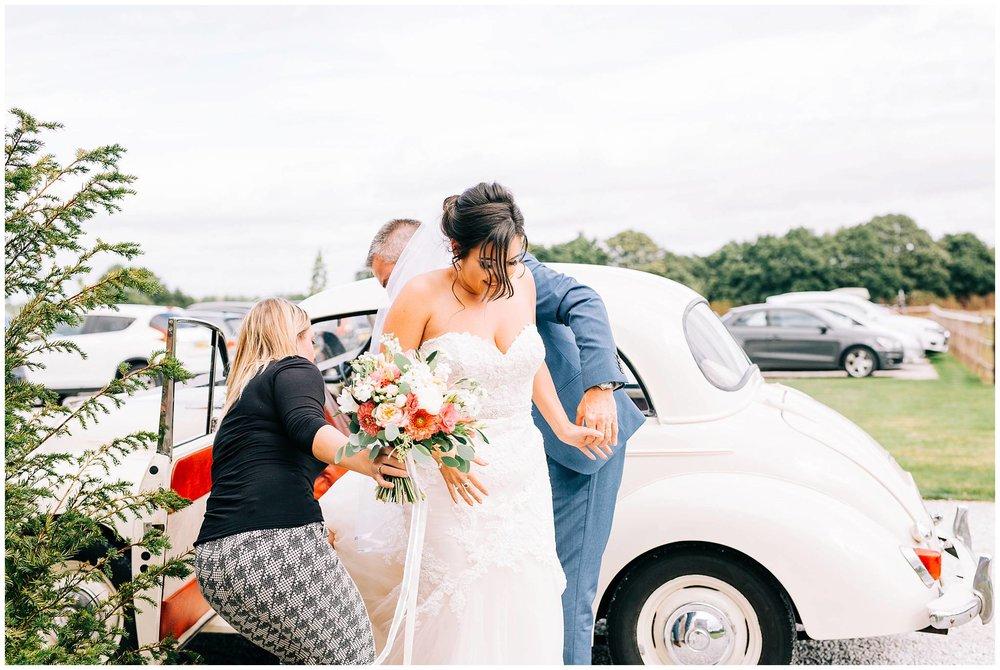 Chic Summer Wedding at Hazel Gap Barn - Nottinghamshire Photographer16.jpg