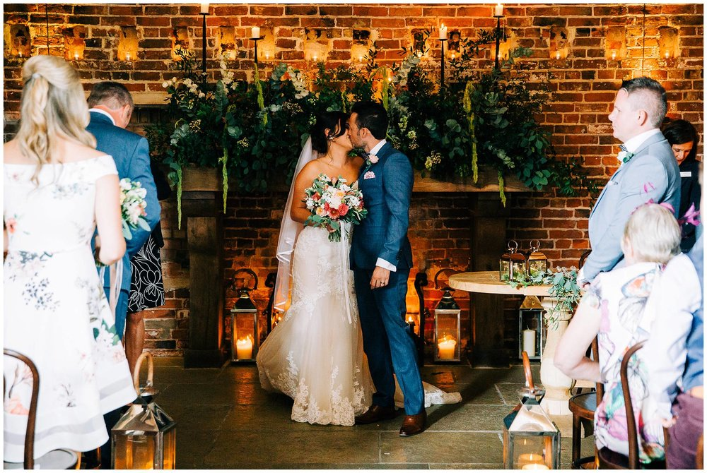 Chic Summer Wedding at Hazel Gap Barn - Nottinghamshire Photographer27.jpg