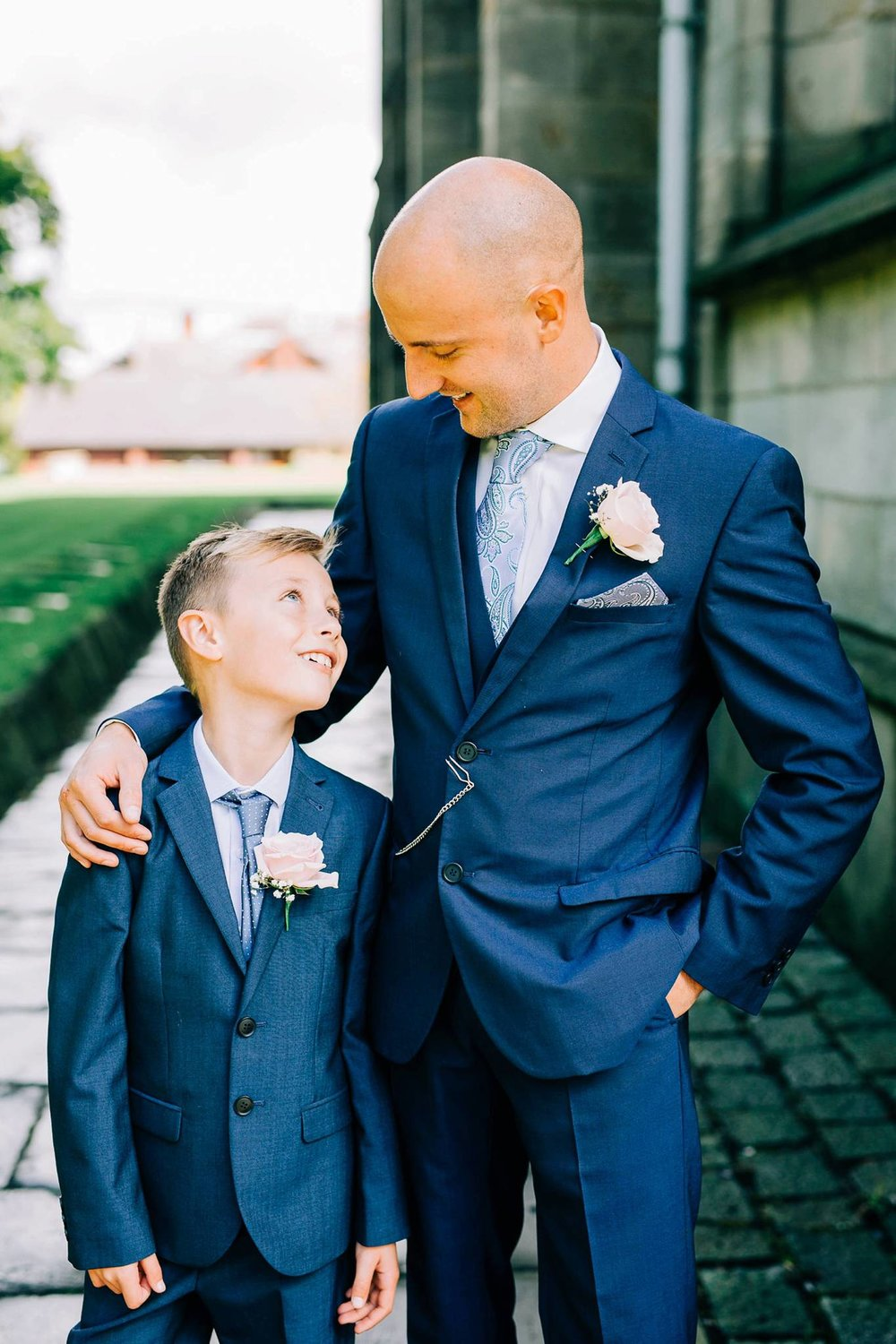 Natural wedding photography Manchester - Clare Robinson Photography_0032.jpg