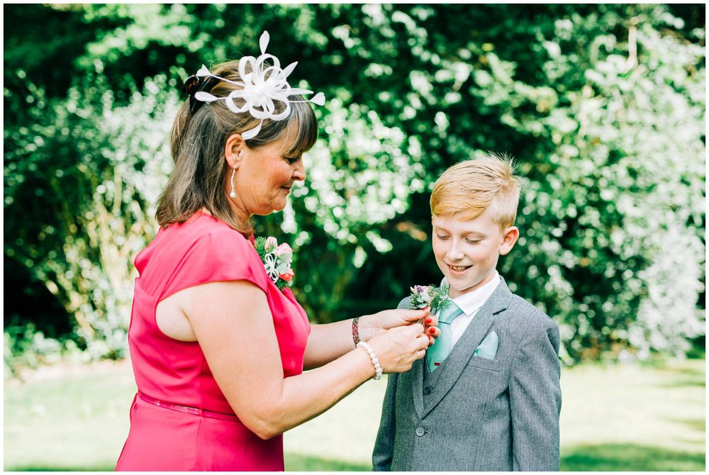 Natural wedding photography Manchester - Clare Robinson Photography_0175.jpg