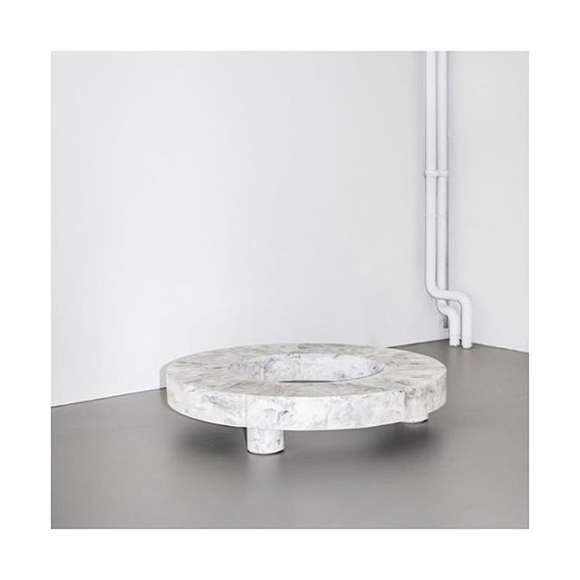 Studio Sment | Belgium | Furniture Design @studio_sment via @_baronesso . . . . . . . . . . #tablebasse #sayhito_belgium #coffeetable #furnituredesign #designfurniture #marbletable #contemporarydesign #belgiandesign #studiosment #baronesso
