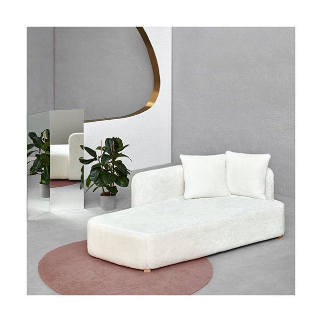 Pepe Albargues for Missana | Spain | Furniture Design @missanadesign . . . . . . . . . . #pepealbargues #sayhito_spain #spanishdesign #furnituredesign #designfurniture #chaise #chaiselounge #interiordecor #sayhito_