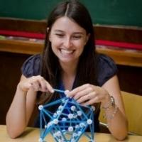Laura Pallez , professeur agrégée de mathématiques en collège