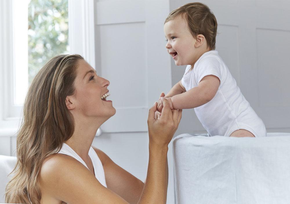 Mum and Baby Happy_014_Crop.jpg