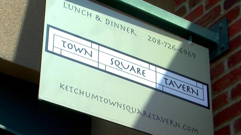 Town Square Tavern