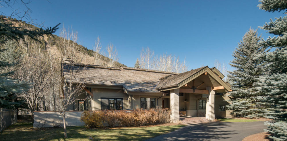 4 BEDS, 3,5 BATHS    KETCHUM    $1,445,000