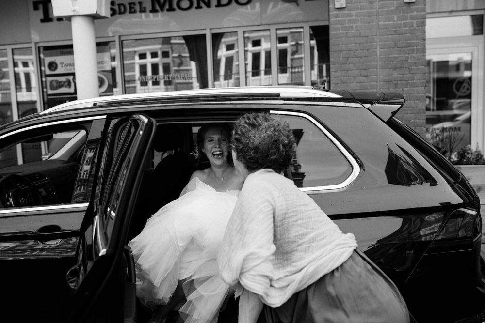 Kiesendahl_Hochzeitsfotografie_Strand_Scheveningen_034.jpg