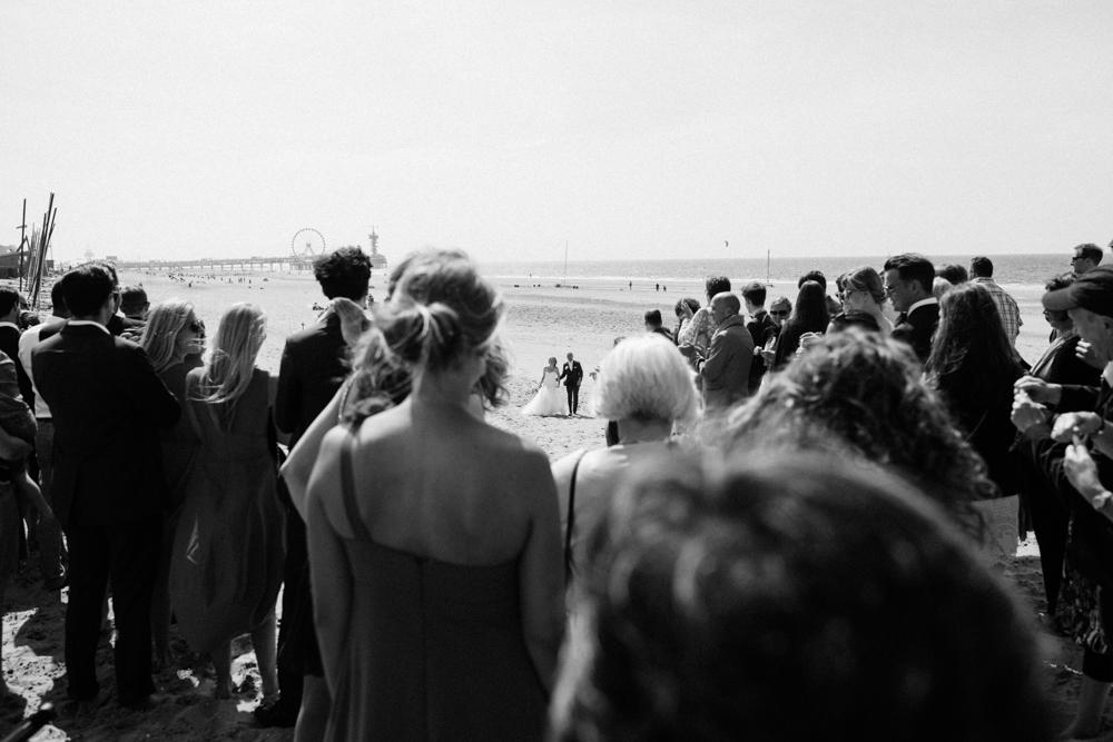 Kiesendahl_Hochzeitsfotografie_Strand_Scheveningen_072.jpg