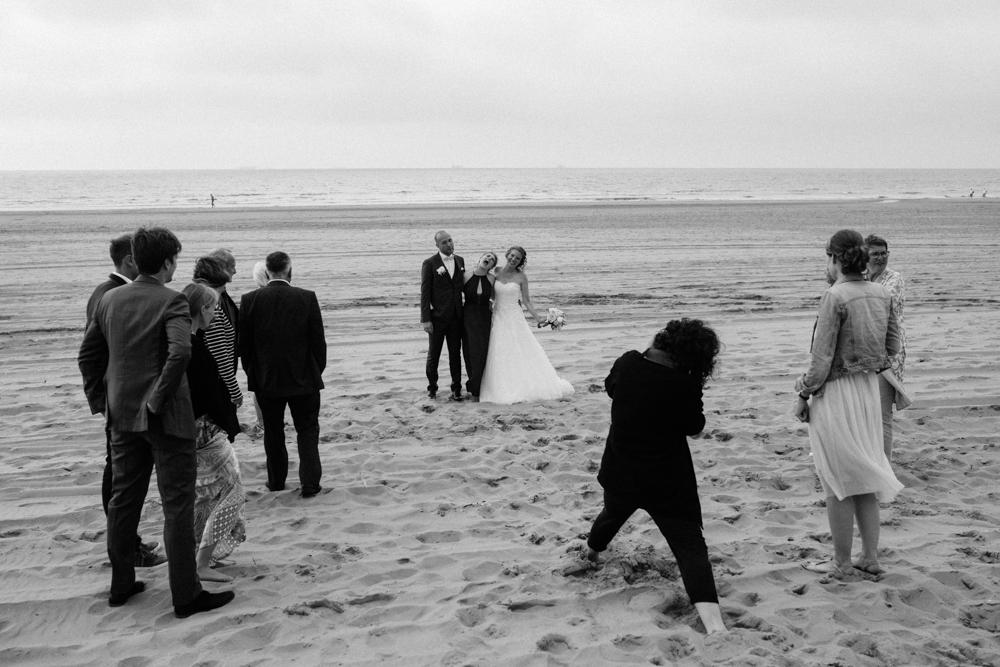 Kiesendahl_Hochzeitsfotografie_Strand_Scheveningen_110.jpg