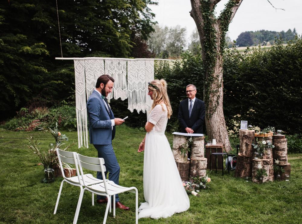 Hochzeit_AndreaKiesendahl_Begien_23.jpg