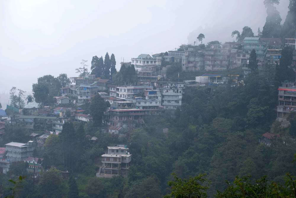 A view of the town of Darjeeling.