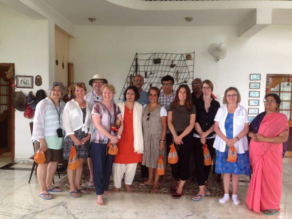 Our group saying goodbye to Harishpur. Photo credit: Katherine Burnett (www.ladybakersteatrolley.com)