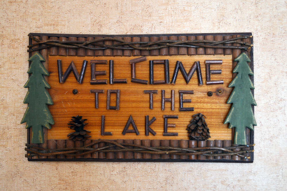 Welcome to the Lake | Pepper Tree Inn in Lake Tahoe | Photography by Kristen Laczi