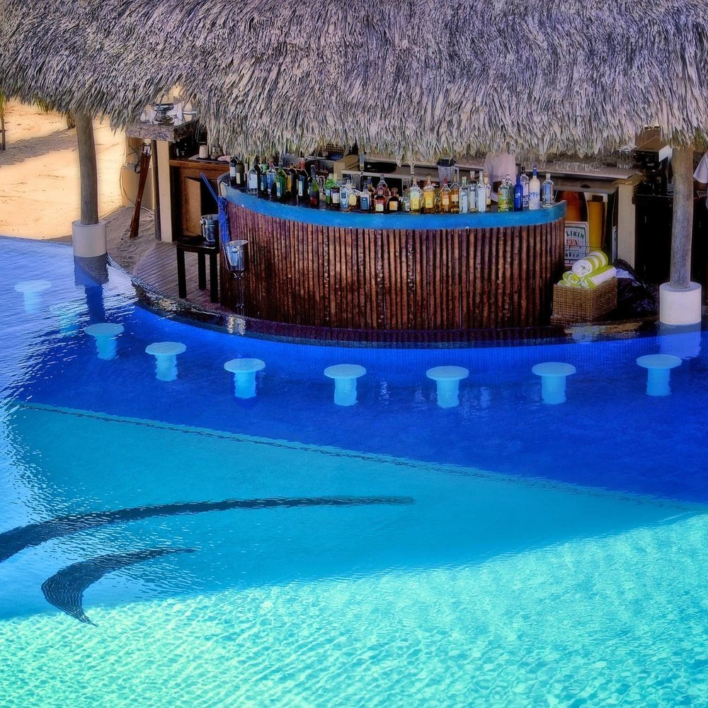 Swim-Up Bar at Belize Ocean Club and Resort