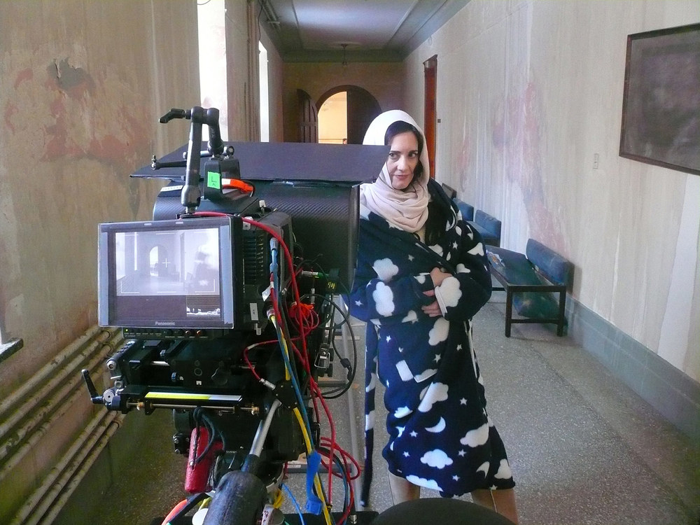 Coralina Cataldi-Tassoni on set