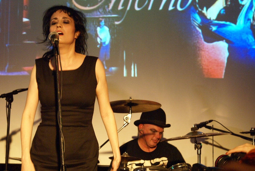 Coralina Cataldi-Tassoni performing with with Orco Muto  (5).jpg