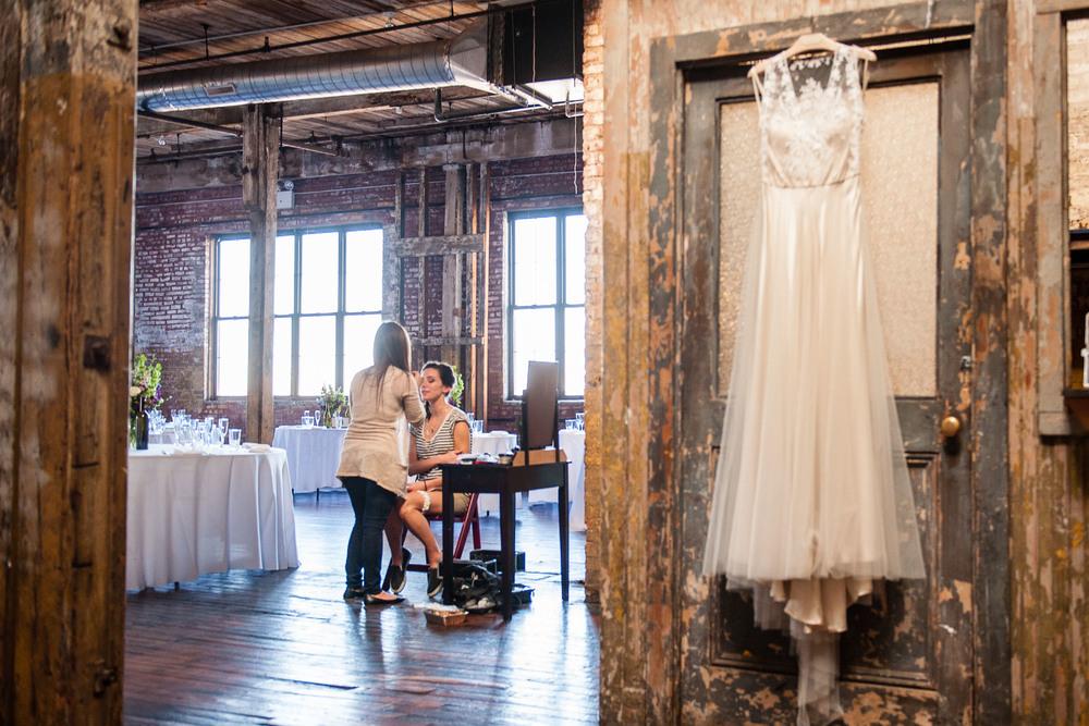 D7L_0013greenpoint-lofts-brooklyn-wedding-008.jpg