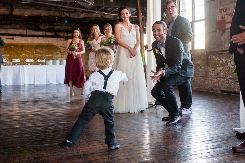 _D800641greenpoint-lofts-brooklyn-wedding-036.jpg